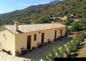 Gîte d'Etape/ Restaurant A Funtana - Manso, Corse