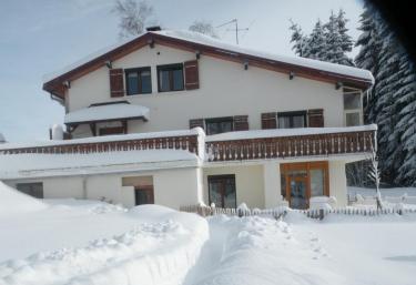 Le Reposoir - Saint Laurent En Grandvaux, Jura