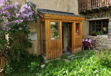 Gite le Chardon Bleu- La Pouillate - La Grave, Hautes-Alpes