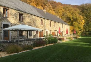 Domaine château Le Risdoux- Gîte le Champagne - Vireux Wallerand, Ardennes