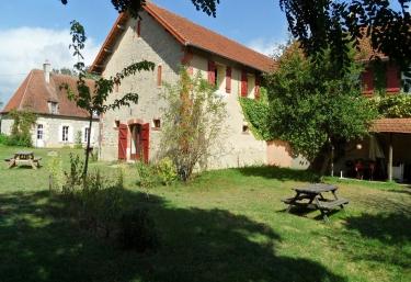 Domaine du Bourg- Chambres d'Hôtes - Gannay sur Loire, Allier