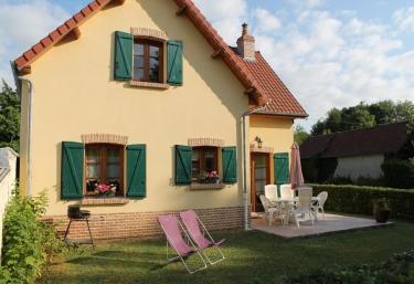 Chez Bidou- Gîte la Briqueterie - Quesnoy le Montant, Somme