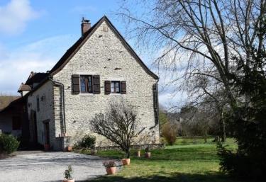 Chambre d'Hôtes la Grange des Murgers - Chalon sur Saône, Saône et Loire