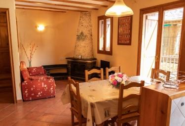 Cal Roset 2 - Rialp, Lleida